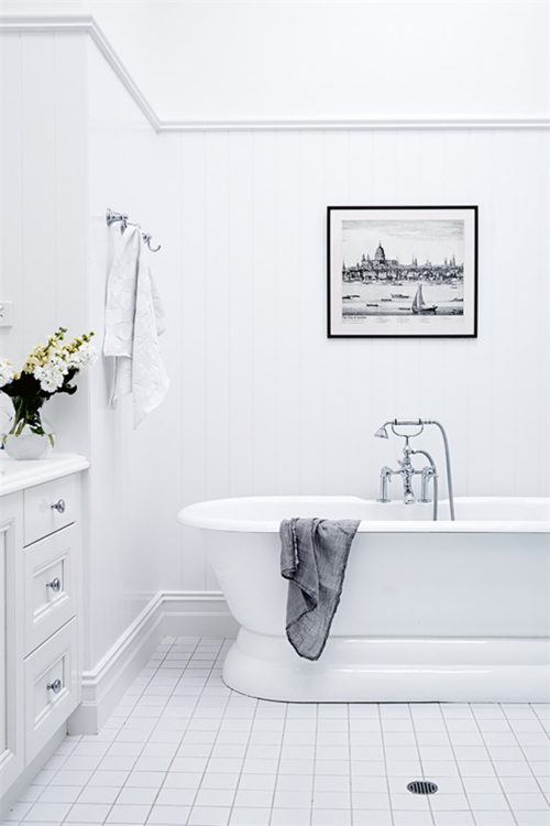 Bathrooms With White Square Tiles And Dark Grout Lines