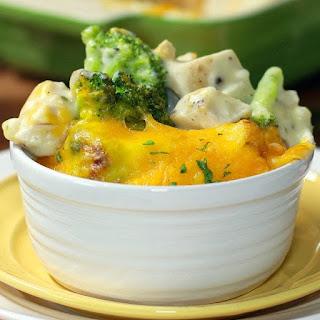 30 Minute Cheesy Chicken and Broccoli Casserole