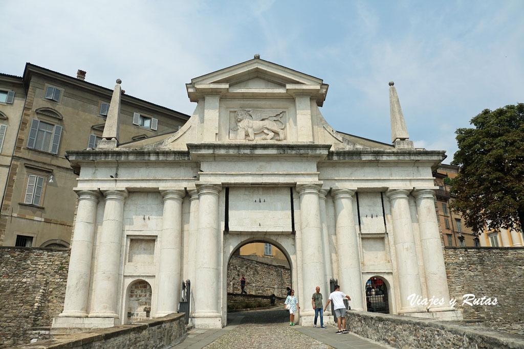 Porta di San Giacomo, Porta di San Giacomo,