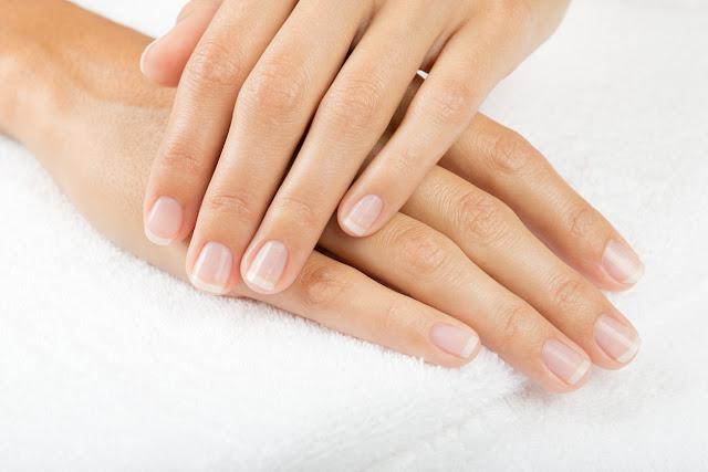 mains et les ongles