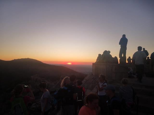 Puesta de sol desde Cabeza Lijar con - escapadillas.com