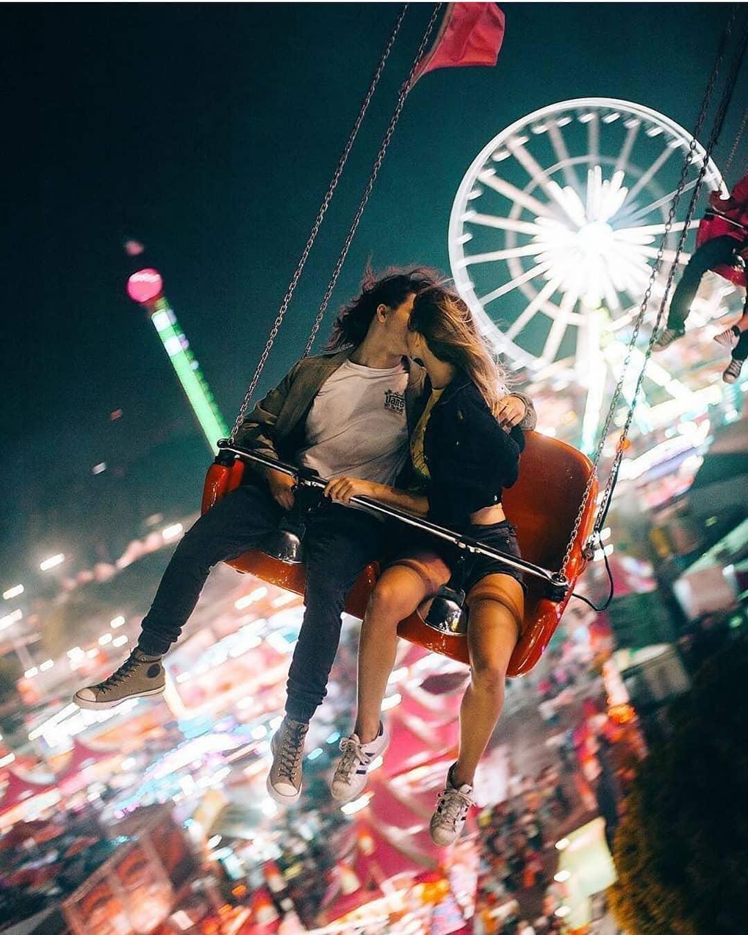 Romantic Couple FB DP