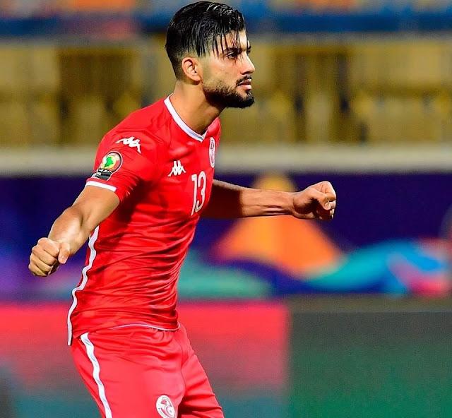 ضربة جزاء فرجاني ساسي في مباراة تونس وغانا