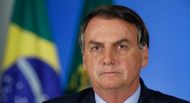 Exame de Bolsonaro para Covid-19 dá positivo e presidente diz que está 'perfeitamente bem'