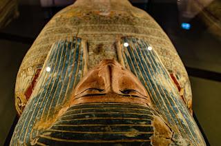 La tradición egipcia, siempre se la ha considerado como la principal fuente de sabiduría del esoterismo hermético