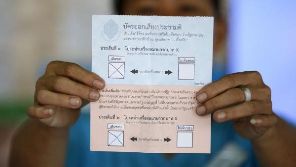 Tailandia aprueba Constitución propuesta por la Junta Militar