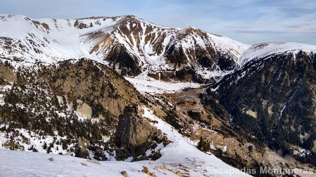 Ascension al Gra de Fajol Petit realizando la Olla Ulldeter invernal en Vallter