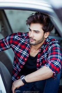 Hot Indian model Rohit Khandelwal wins Mr World
