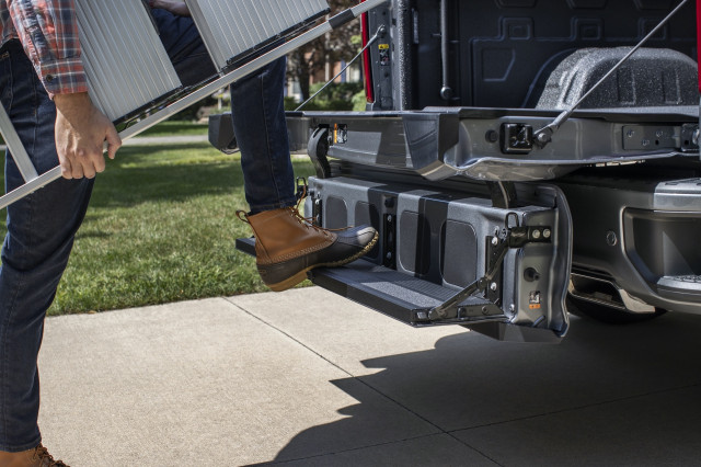 2021 Chevrolet Silverado 1500 Review