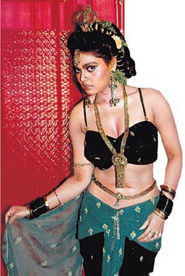 Silk Smitha glamorous item dancer