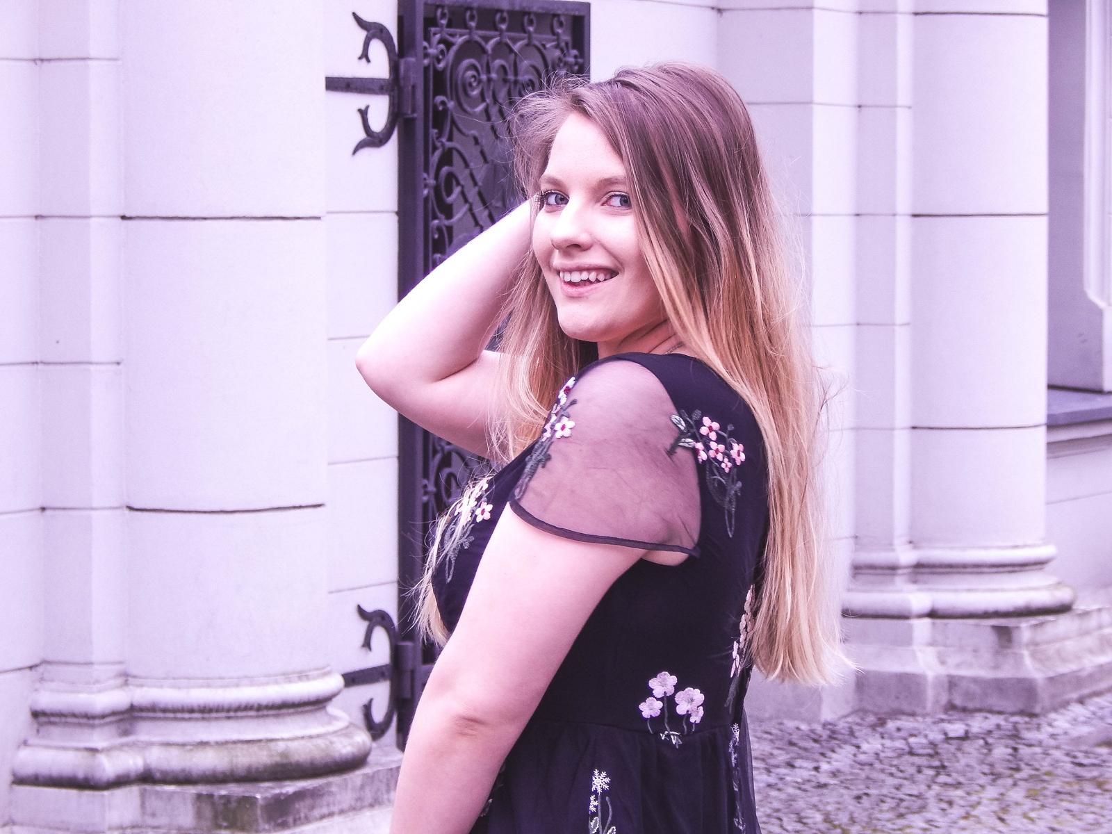 4 orsay trendy wiosna 2018 nowa kolekcja moda fashion blog blogerki modowe łódź z łodzi łódzkie melodylaniella fashion instagram sukienka na wesele różowy płaszcz granatowe pantofle duża torba