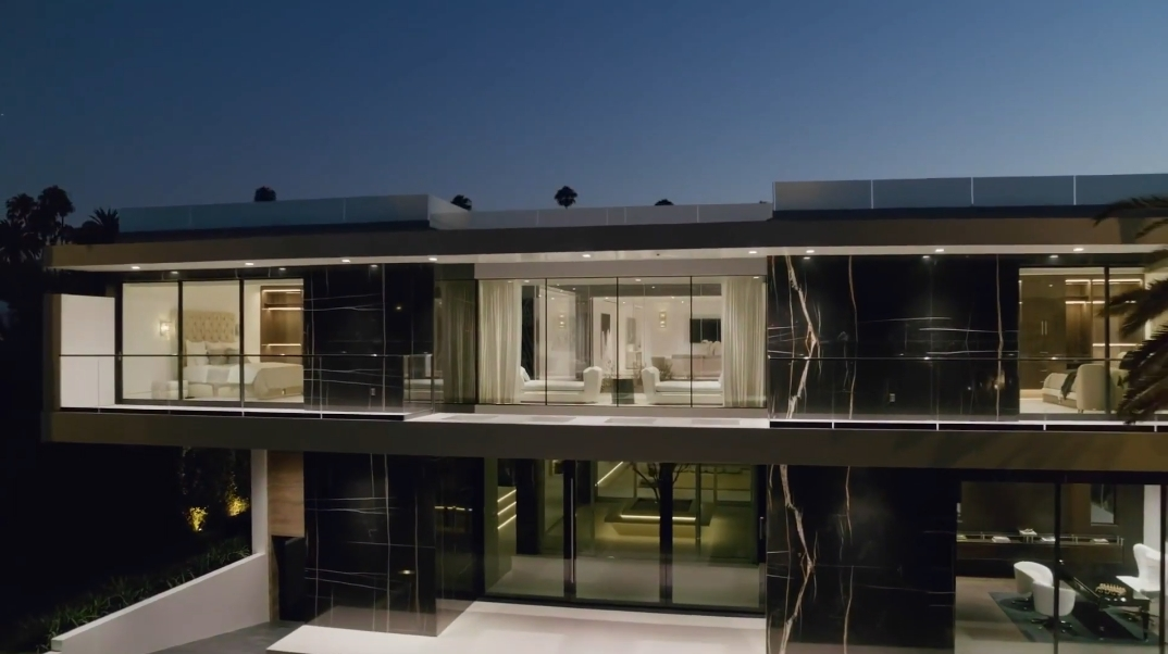 59 Interior Photos vs. Tour 521 N Canon Dr, Beverly Hills, CA Ultra Luxury Modern Mansion