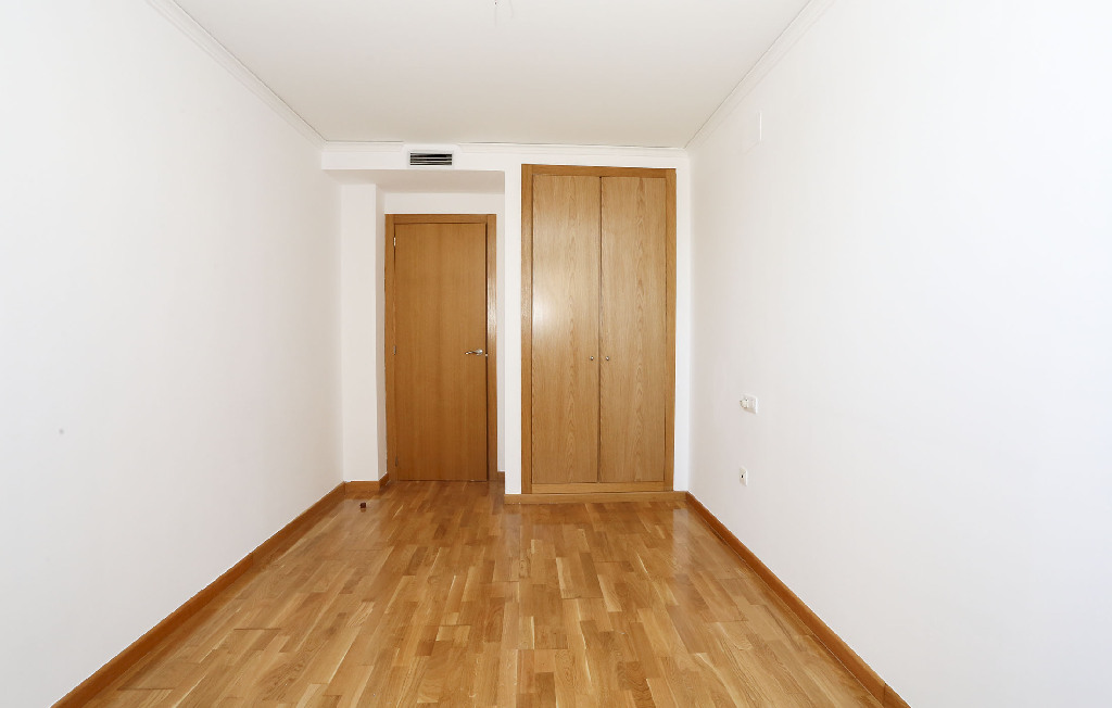 piso en venta calle albocacer almazora habitacion