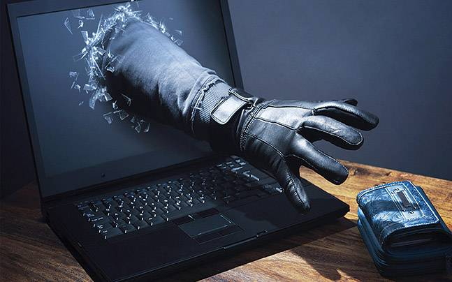 """Σε έξαρση το ηλεκτρονικό έγκλημα - """"Ξάφρισαν"""" από Λαρισαίο 9.500 ευρώ"""