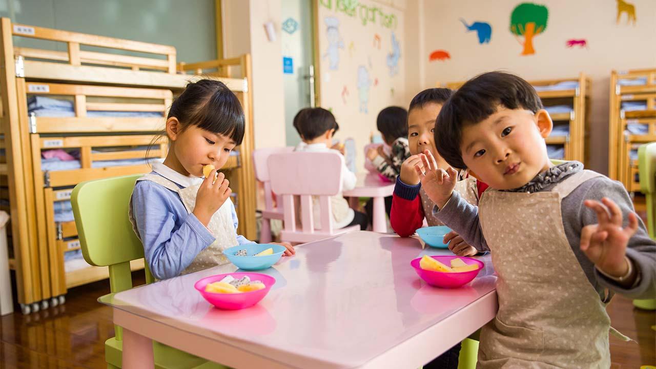 Ajak Anak Anda Makan dengan Cara yang Menarik
