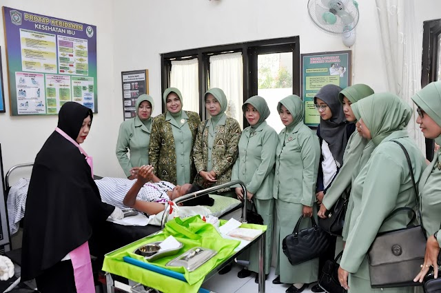Peringati HUT Ke-74 TNI, Kodim 0821 Gelar Baksos TMKK