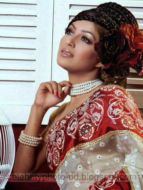 Most Popular Actress Monalisa's Best Hot Photos New Collection 2014-2015