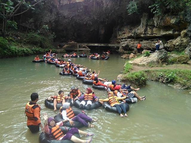 wisata gua pindul