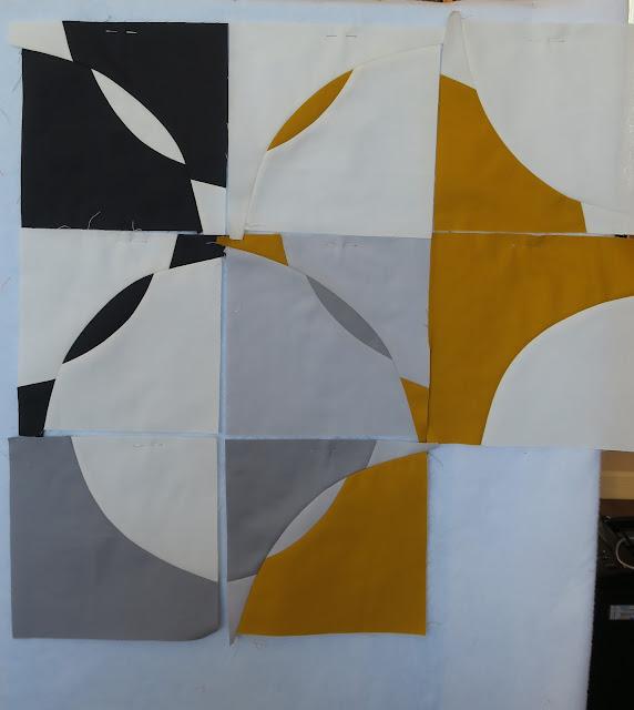 Luna Lovequilts - Improv curve blocks