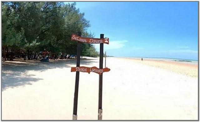 Pantai Lombang;10 Destinasi Wisata Populer di Madura;