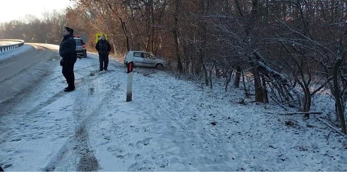 Eger és Kerecsend között sem úsztuk meg a havazást baleset nélkül
