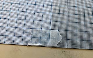マスキングテープで角を固定する
