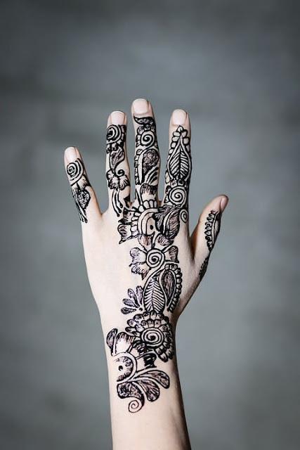 Mehndi lage k rakna, Mehndi Arabic Download latest and new Mehndi easy designs for bridal