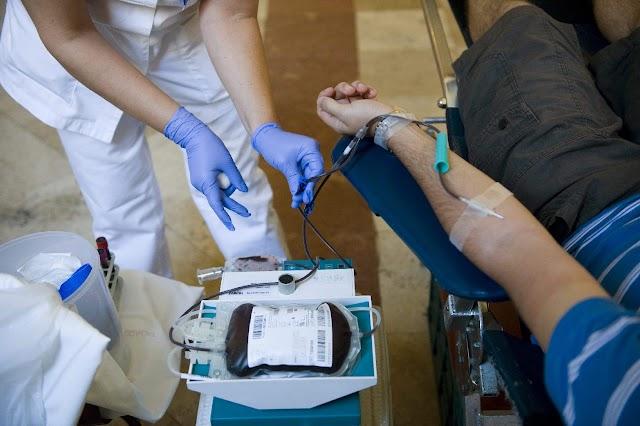 Több mint negyedmillió magyar ad rendszeresen vért