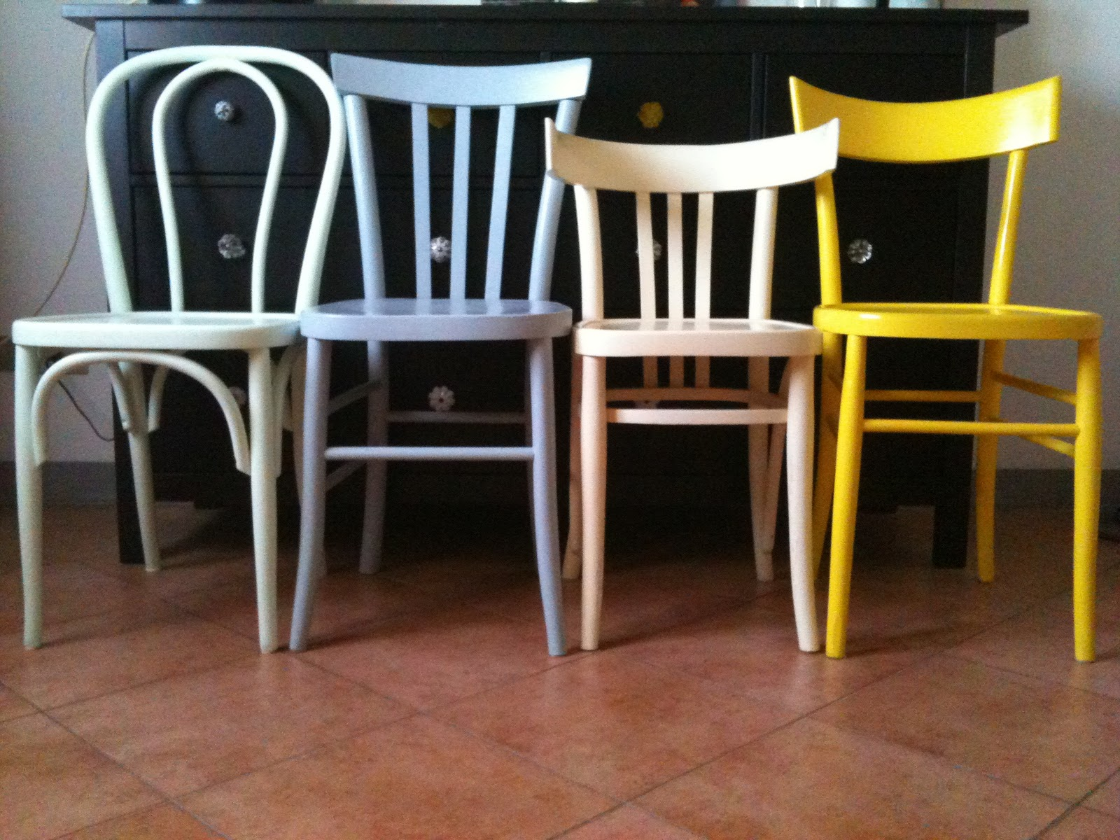 Sedie Francesi Usate : Sedie stile provenzale idee di design per la casa rustify