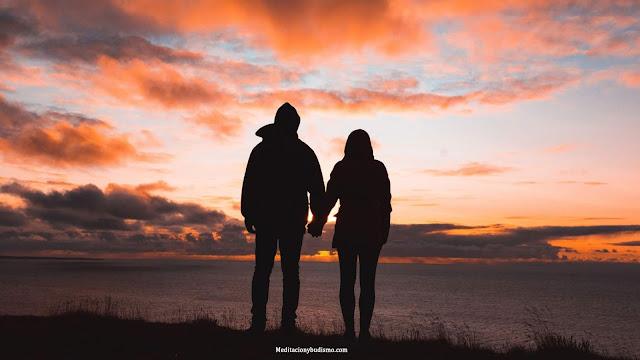 Las mejores virtudes que cada signo busca en una relación amorosa
