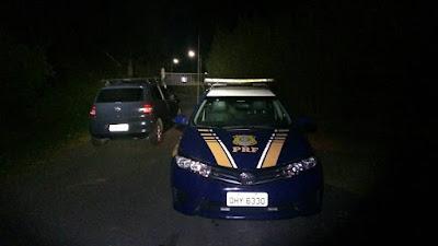 PRF com apoio da PM recuperaram  dois veículos roubados em Juquiá