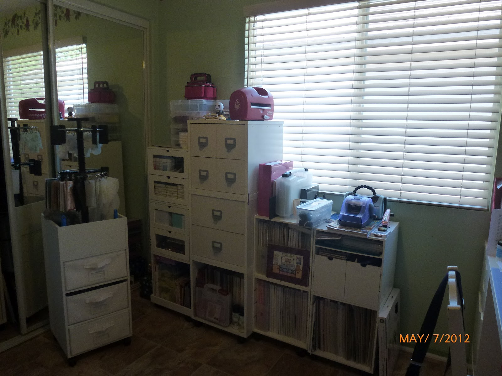 Just Whistle While you Scrap: My New Craft Room