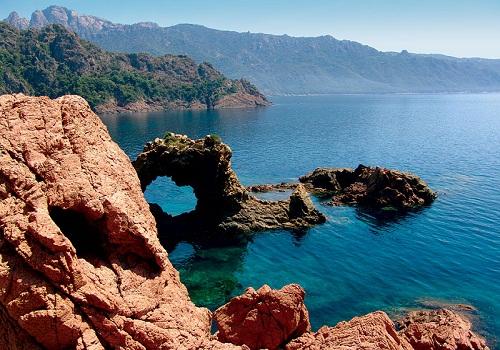 Đảo Korsika (Cooc) thuộc nước nào?