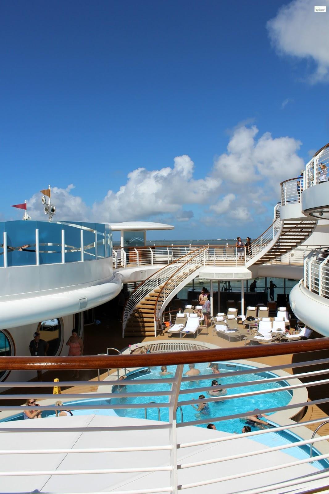 Caravan Sonnet Disney Dream Ship Review - Cruise ship songs