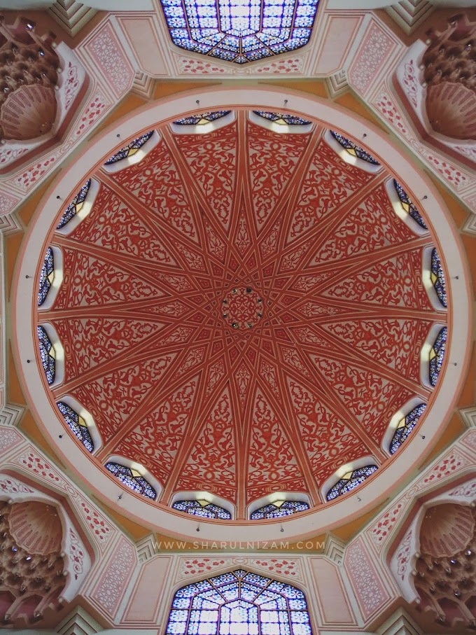Masjid Merah, Putrajaya