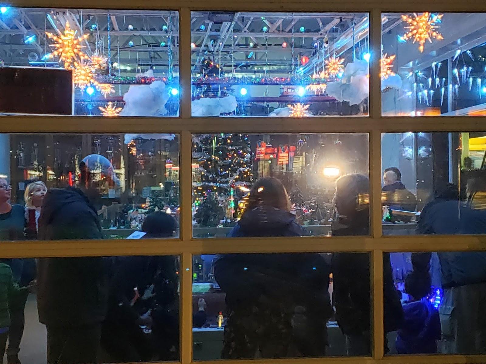 Glen Avenue Christmas Garden 2020 MidAtlantic DayTrips: The Simple Joy of a Christmas Train Garden
