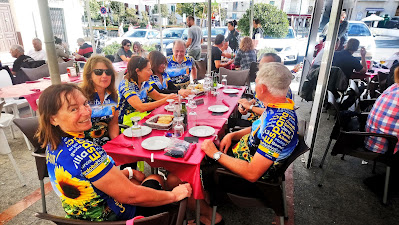 Private group cycling in Spain