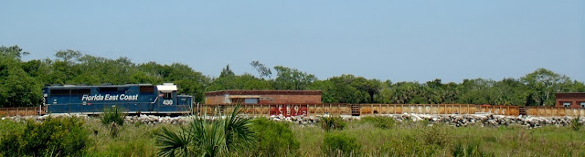 Tren de carga de la Florida East Coast Railroad