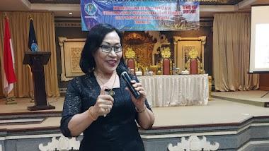 Bersama BNN Prop. Bali, Santy Sastra Sampaikan Pengembangan Kepribadian Tentang Ketahanan Diri dan Ketahanan Keluarga Kepada 50 Top Model Indonesia Dari Berbagai Daerah di Bali