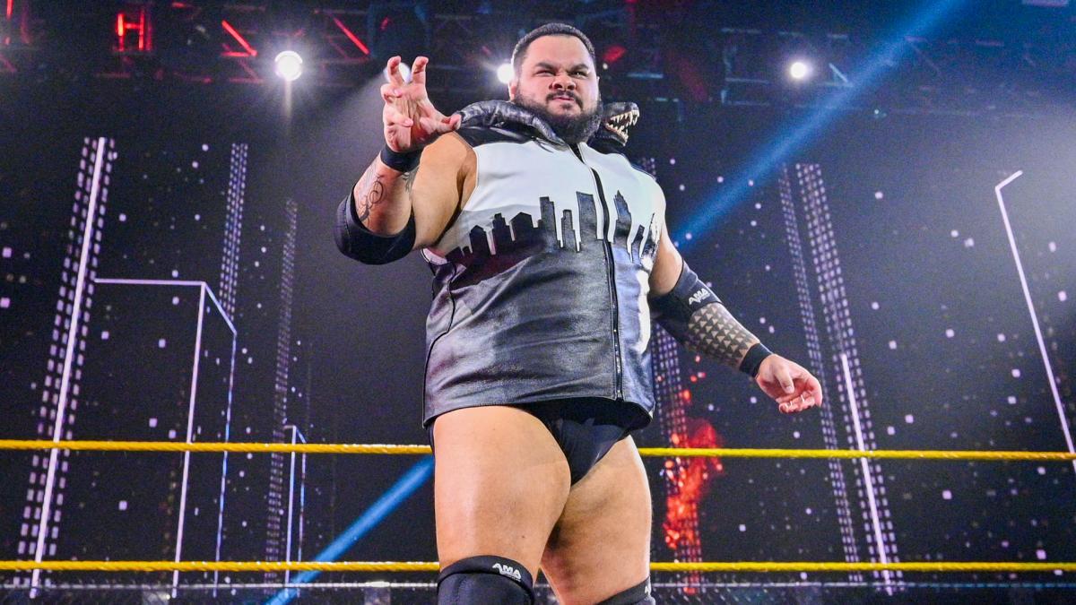 Bronson Reed incita se juntar ao grupo de Roman Reigns no WWE SmackDown