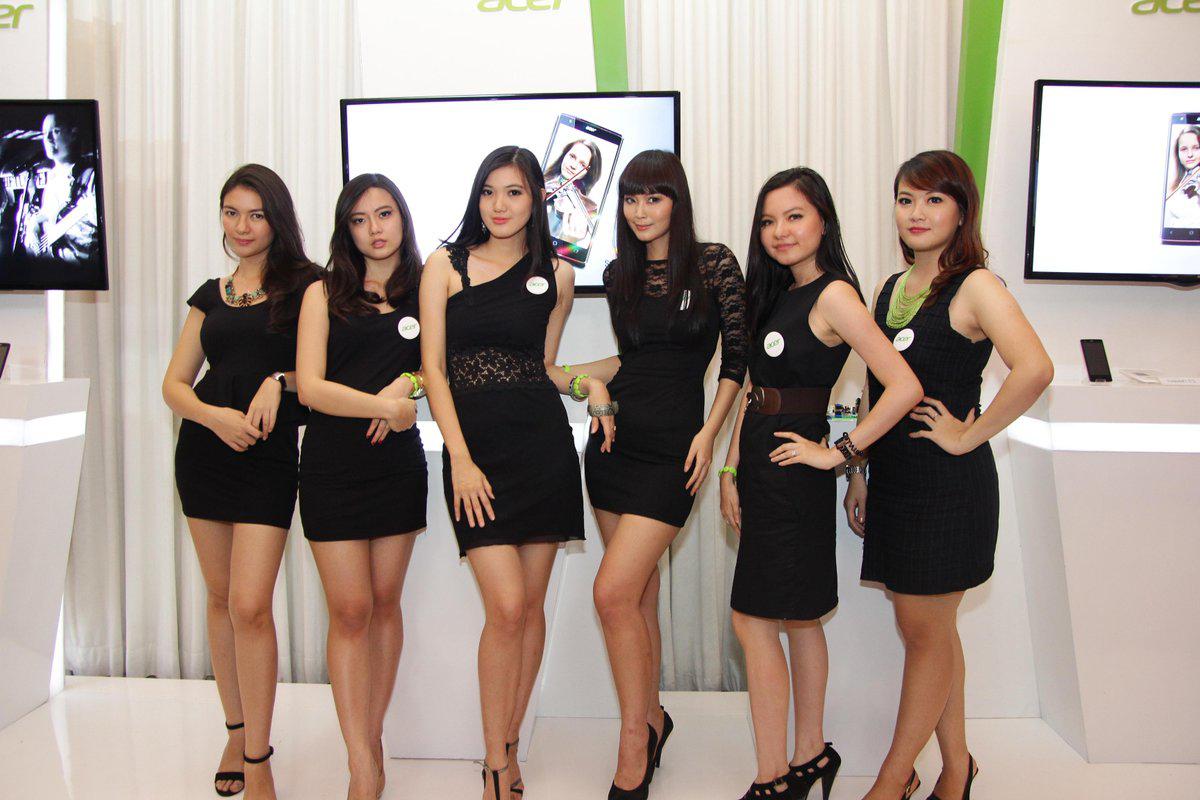 Sexy Dress cewek cantik dan seksi di Forum Mobil