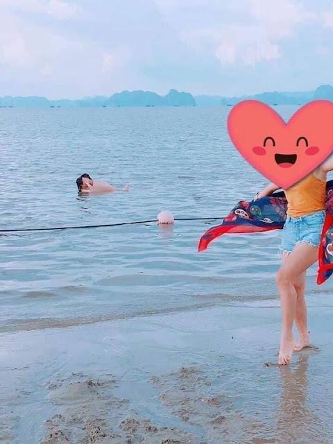 """Sốc: Cặp đôi khỏa thân """"quan hệ"""" tại bãi biển Việt Nam, nơi chốn đông người tắm biển"""