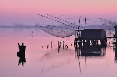 The Valleys of Comacchio, Comacchio FE, Italy © - I TRAVEL in ITALY .COM   A story leaked from the photo by [ Recommended by travelers to Italy ]