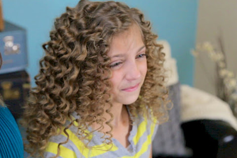 Strona na sobotę: Cute Girls Hairstyles - czytaj dalej »
