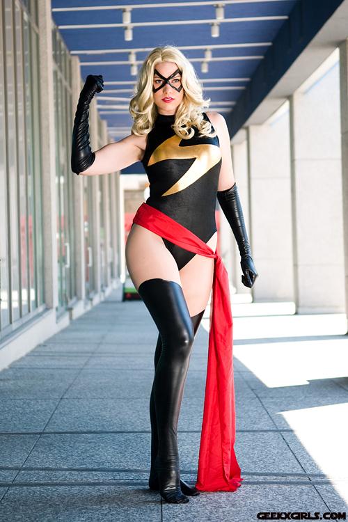 sexy-superhero-cosplay-nudity-massaro