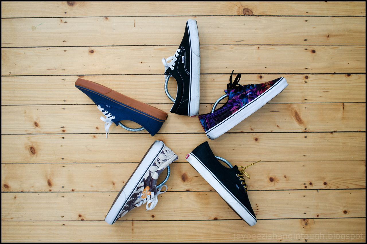 ... top 5  era black. era black pink (inca). authentic black marshmallow  (waxed canvas). era maroon hawaiian (van doren). authentic dark denim  (gumsole). 0714590e3a29