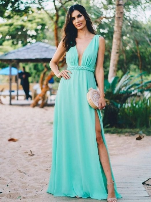 vestido de festa verde casamento na praia