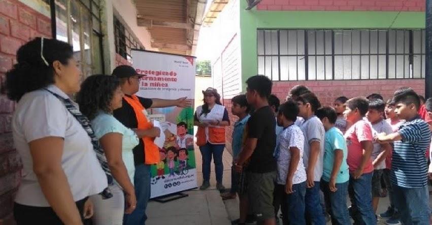 World Vision Perú entregó útiles de aseo personal a estudiantes de Pedregal Grande en Piura