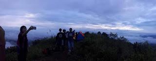 Berada di Objek wisata Gunung Sopai Serasa Berada di Atas Awan