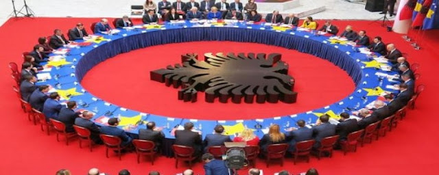 Albania-Kosovo meeting table